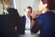 businesswomen-businesswoman-interview-meeting-70292.jpg